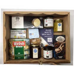 Luxury Welsh Hamper -...